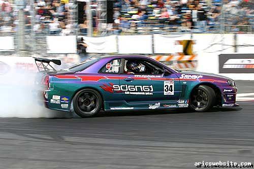 Tenabe Nissan Skyline R34 GTR